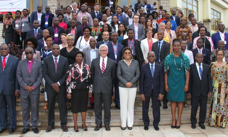 Cerimónia de lançamento da subvenção da Tuberculose, HIV/SIDA e Malária em Moçambique